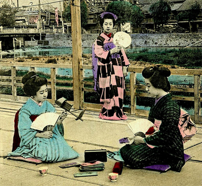 Amazing Vintage Images from Japan's Forgotten Master | WebUrbanist | Backstage Rituals | Scoop.it