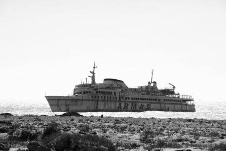 THE WRECKAGE OF THE ASSALAM SHIP NEAR TARFAYA MOROCCO | NOMADS CLUB | PAVEL GOSPODINOV PHOTOGRAPHY | Scoop.it