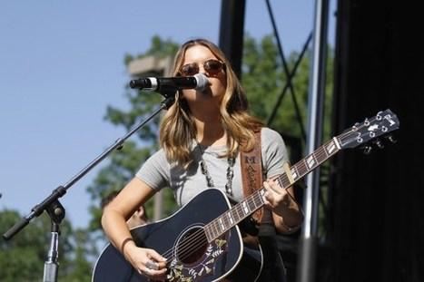 Maren Morris Tops the Charts With Debut Album 'Hero' | Country Music Today | Scoop.it