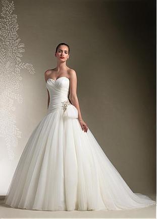 [183.08] Gorgeous Organza &  Satin A-line Strapless Sweetheart Neckline Wedding Dress - Dressilyme.com | Wedding dresses | Scoop.it