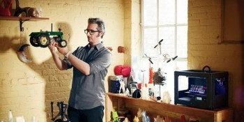 "The New MakerBot Replicator Might Just Change Your World | Wired Design | Wired.com | L'impresa ""mobile"" 