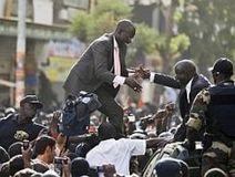 Sénégal: «M. Wade veut nous enterrer, c'est nous qui l'enterrerons» | Actualités Afrique | Scoop.it