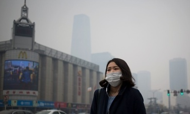 Surviving Beijing's pollution while pregnant: 'I feel like a lab-rat' | Sustain Our Earth | Scoop.it