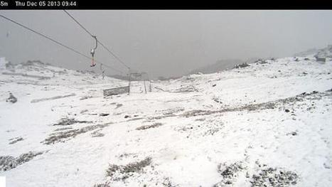 Snow falling. In Australia. In summer. That is all | Secular Curated News & Views | Scoop.it
