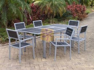 PI-010-014 mesa y sillas de jardin | Decoratelacasa.com | Hogar y jardin | Scoop.it