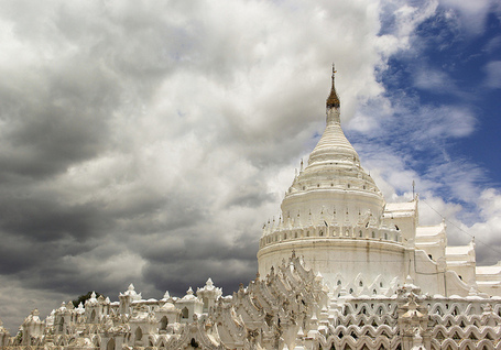 The White Hsinbyume Pagoda in Mingun, Burma | The Blog's Revue by OlivierSC | Scoop.it