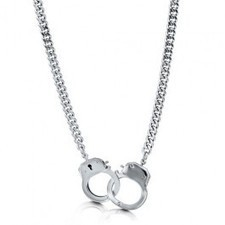 BERRICLE - Silvertone Bold Openable Handcuffs Necklace With Curb Chai | Berricle Necklaces | Scoop.it
