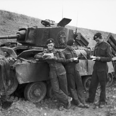 Letters From Home: Soldiers reading and writing home, from World War One to Korea. — War History Online | world war one, 1920's politics | Scoop.it