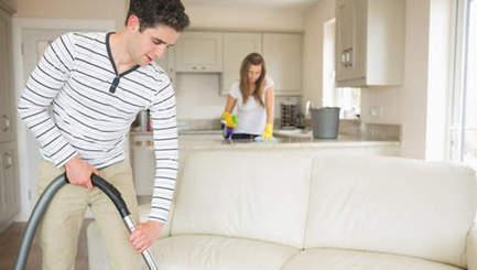 Plus un homme fait le ménage, moins il a de rapports sexuels | Radio Planète-Eléa | Scoop.it