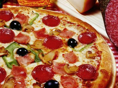 Florida Pizza Hut delivery man beaten and robbed by 3 women | READ WHAT I READ | Scoop.it