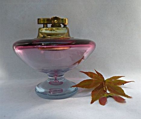Alfredo Barbini Murano Hourglass Lighter Made for Weil c 1960 - The Vintage Village | Vintage Passion | Scoop.it
