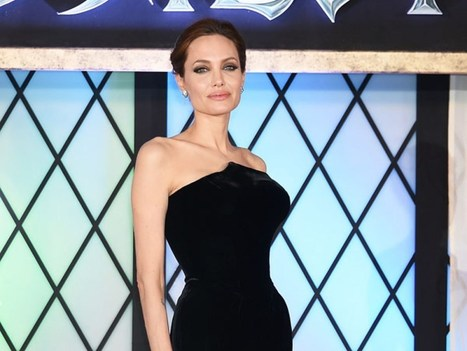 Angelina Jolie Stuns In Versace For 'Maleficent' Premiere In Japan | Enjoy your shopping with discounts | Scoop.it