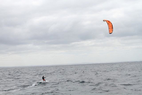 Natalie Clarke kite crosses the Bass Strait in record time | Outdoor Education | Scoop.it