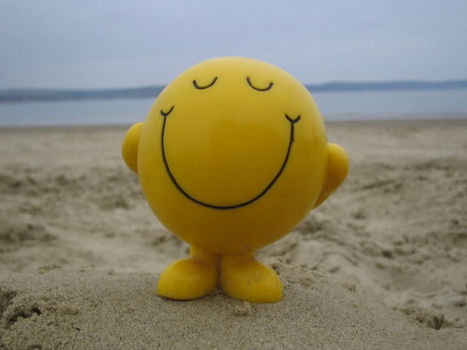 10 Ways to Be Happy At Work (Even If You Hate It) – Dawn Barclay | Positive futures | Scoop.it