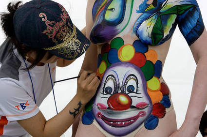 Clowning Around in the Nude   Strange days indeed...   Scoop.it