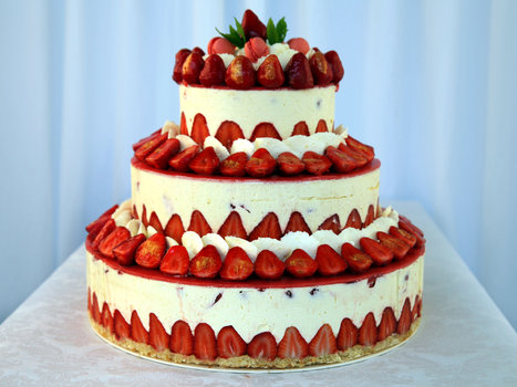 Fraisier façon Wedding Cake   Recettes de cuisine de Meilleur du Chef   Scoop.it