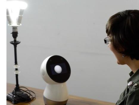 Watch Jibo Control Philips Hue Smart Lights - Robotics Trends | Une nouvelle civilisation de Robots | Scoop.it