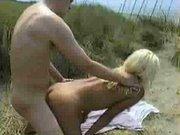 Porno in spiaggia con amante   Porno amatoriali   Scoop.it