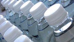 La profession ne veut pas de gaz de schiste dans l'eau en bouteille - Journal de l'environnement | Pétrole et gaz de schiste | Scoop.it
