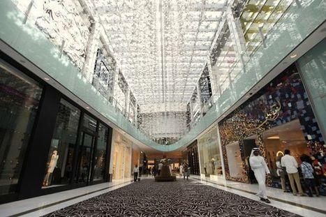 Le centre commercial de Dubaï, lieu touristique le plus visité au monde | Victor, guide touristique a Dubai et dans les Emirats arabes unis pour des visites privées et sur mesure en français. | Scoop.it