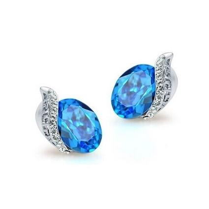 Spirituality Ocean Blue Granular Swarovski Crystal Earrings | Women's Earrings | Scoop.it