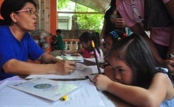 K-12 'mother tongue' rule to test teachers in Basic Ed - InterAksyon   Bilingual Education and Practices   Scoop.it