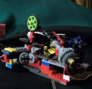 Controlling 5 Servos With a Raspberry Pi | Robotics and Automation | Scoop.it