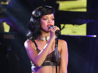 Rihanna to produce and star in fashion reality show   Save big with Amazon coupon 10%   Scoop.it