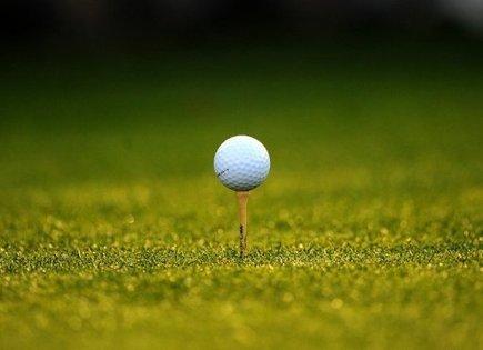 Un mannequin porte plainte contre Playboy à cause d'un coup de club de golf dans les fesses | Nouvelles du golf | Scoop.it