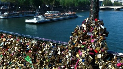 'Love locks' to be removed from Paris bridge | Geography Education | Scoop.it