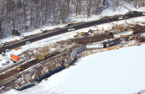 Crews find sheen in Mississippi River at derailment site | Railway's derailments and accidents | Scoop.it
