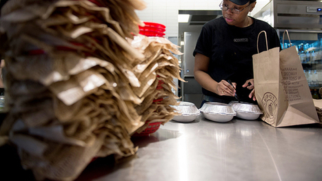 Chipotle Wants to Speed Up With Mobile Payments - Businessweek | Payment industry | Scoop.it