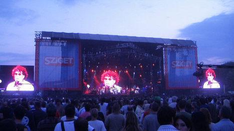 Les stars s'affichent sur des écrans brognois | Arch.eu | Scoop.it