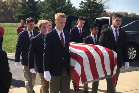 À Boston, des lycéens enterrent les morts lorsqu'il n'y a personne d'autre pour le faire | Voir et prier | Scoop.it