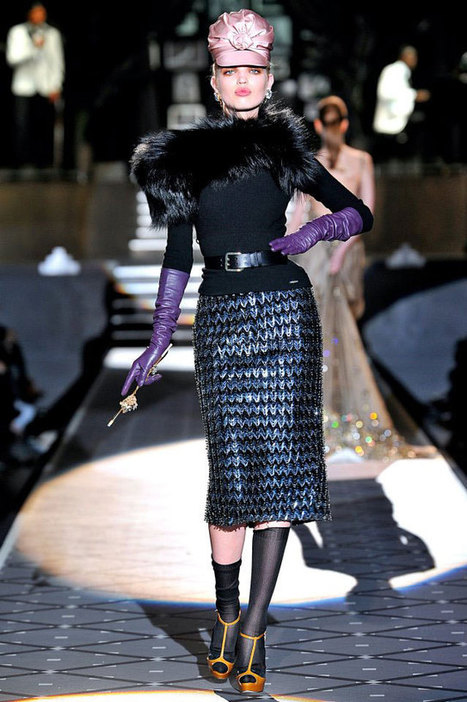 Decadent Accessories and Rich Textures Fuel Dsquared2 Fall Line | Fashion News by JustLuxe | women fashion choice | Scoop.it