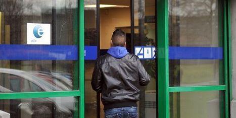Les emplois d'avenir devraient entrer en vigueur dès le 1er novembre - Le Monde   La recherche d'emploi en quelques mots   Scoop.it