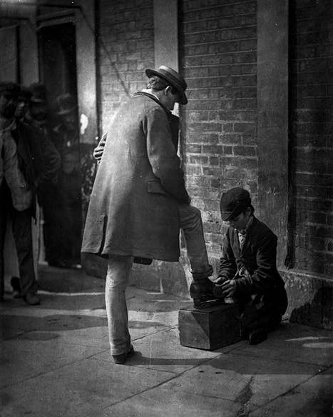 Early photojournalism captures life on the streets of Victorian London | a photographer's life | Scoop.it