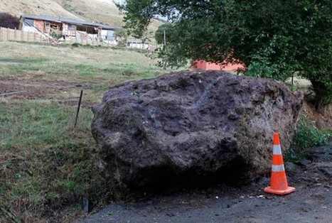 Boulder vs house - landslide losses in the Christchurch earthquake - The Landslide Blog - AGU Blogosphere | A2 4B issue evaluation Christchurch Earthquake | Scoop.it