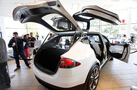 Tesla shows off Model X SUV at new Palo Alto showroom | ImagineNext | Scoop.it