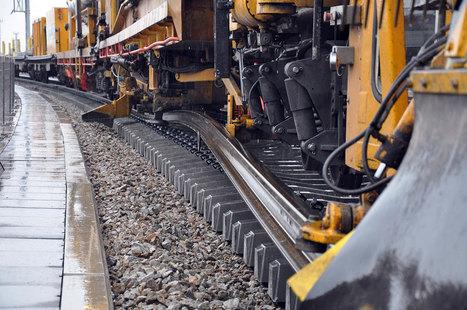 Cette gigantesque machine est capable de poser des lignes de chemin de fer en continu | Sciences, l'Espace, le Temps et le Monde | Scoop.it