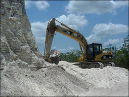 Builders bulldoze big ancient Mayan pyramid in Belize | Maya Archaeology | Scoop.it