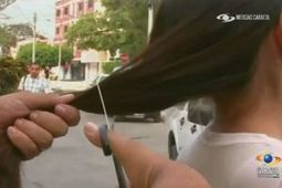 Thieves with scissors stealing women's hair in Venezuela (VIDEO) | Health and beauty for women | Scoop.it