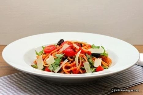 Schöner Tag noch!: Basis-Tomatensauce für den Vorrat | Kochen, Essen, Rezepte.... | Scoop.it
