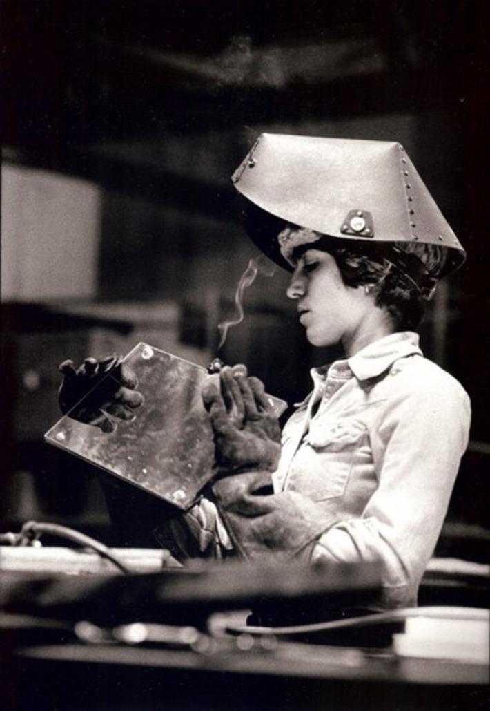 Marilyn Sanders: Wo-Men Working   Herstory   Scoop.it