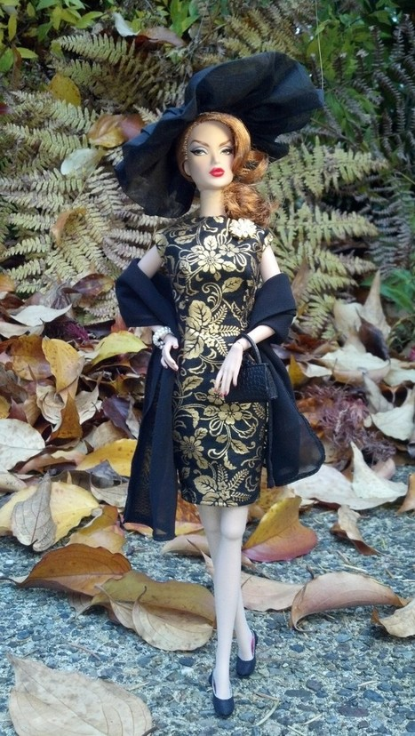 'November Theme: Gold' Photo Contest Entries | Fashion Dolls | Scoop.it