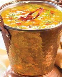 Lehsunwali Moong ki Dal ( Microwave Recipe ) recipe | by Tarla Dalal | Tarladalal.com | #33899 | Black Garlic UK | Scoop.it