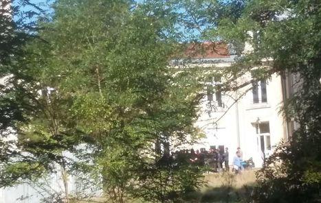 Les premiers migrants arrivent à Forges-les-Bains | Think outside the Box | Scoop.it
