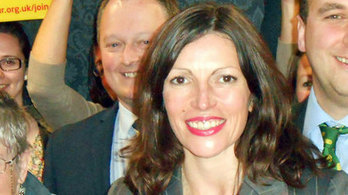 New Dunfermline MSP accused of ditching primary school pledge | Scottish Independence | Scoop.it