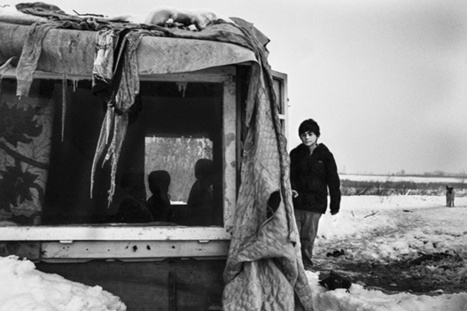 'People of the Pit': Photographer Captures Dwindling Community in Romania - Feature Shoot | Visual Journalism | Scoop.it