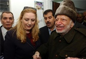 Arafat's widow to bring case in France over death | Maan News Agency | Occupied Palestine | Scoop.it
